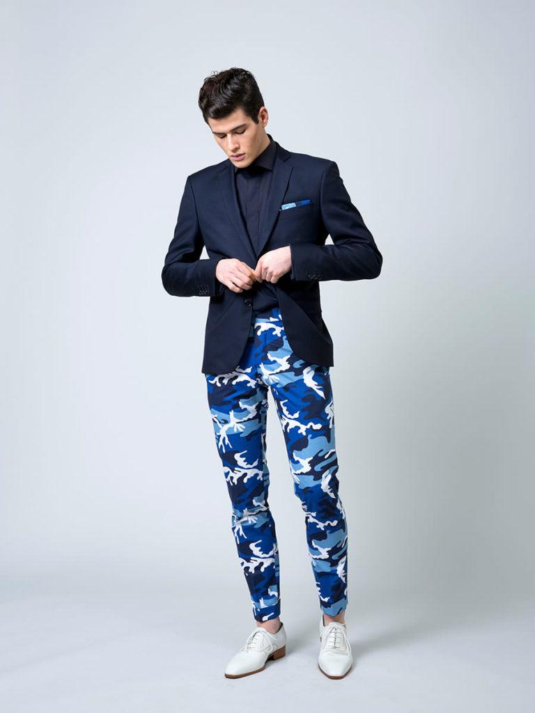 Blazer sur mesure et pantalon camouflage