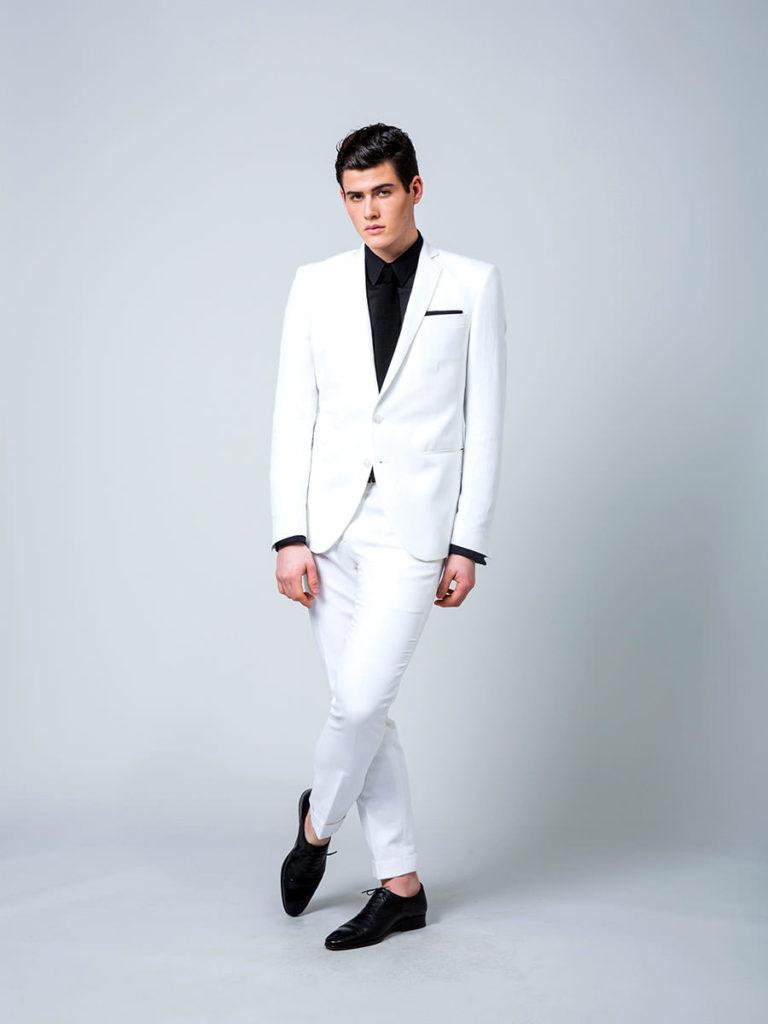 Costume sur mesure blanc