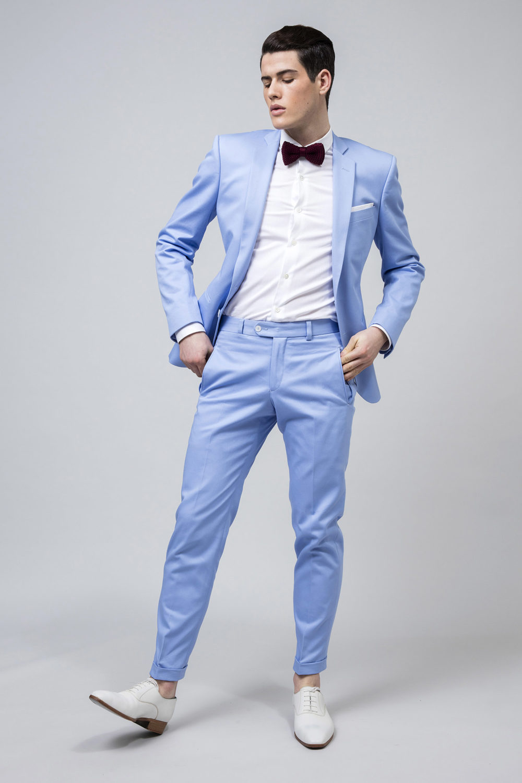 Costume en gabardine de coton couleur ciel